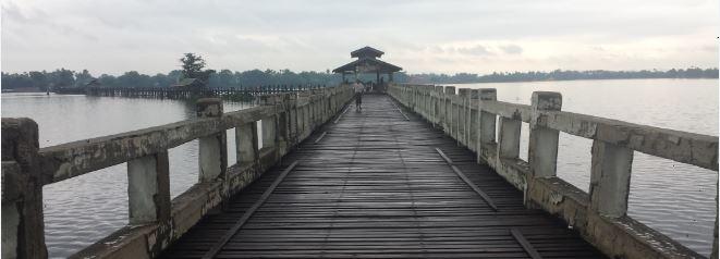 U Pein Brücke in Mandalay Myanmar