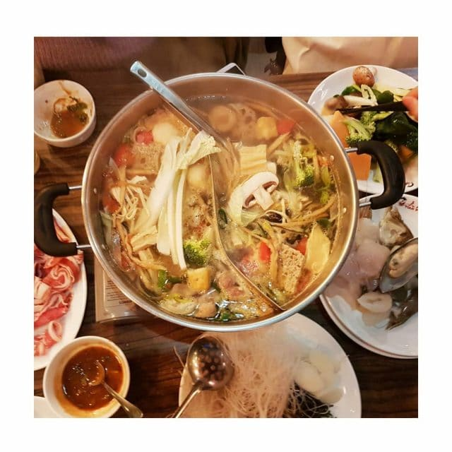 Chinesischer Feuertopf Eine sehr interaktive Art zum Essen  besondershellip